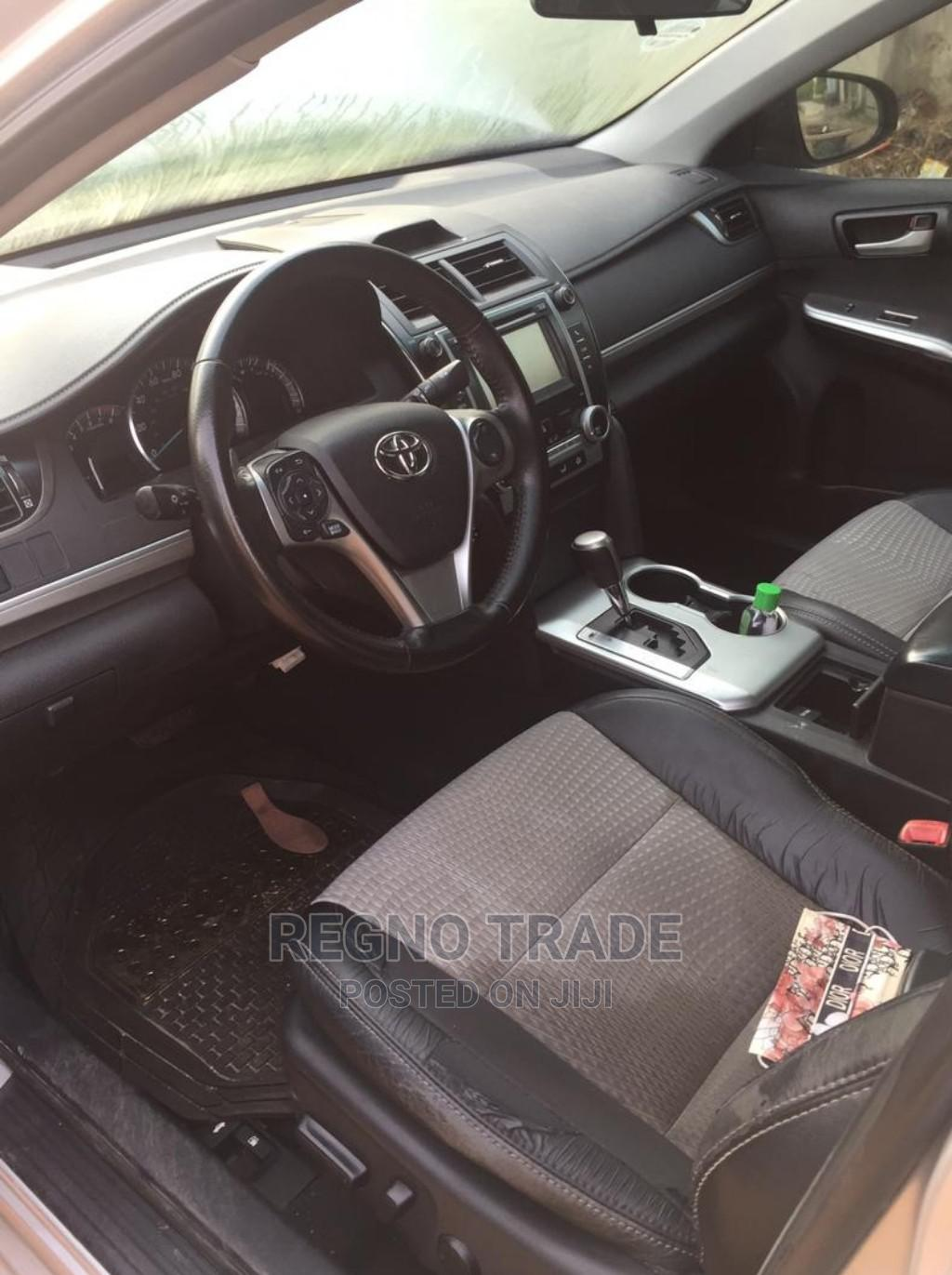 Toyota Camry 2013 Silver | Cars for sale in Magodo, Lagos State, Nigeria