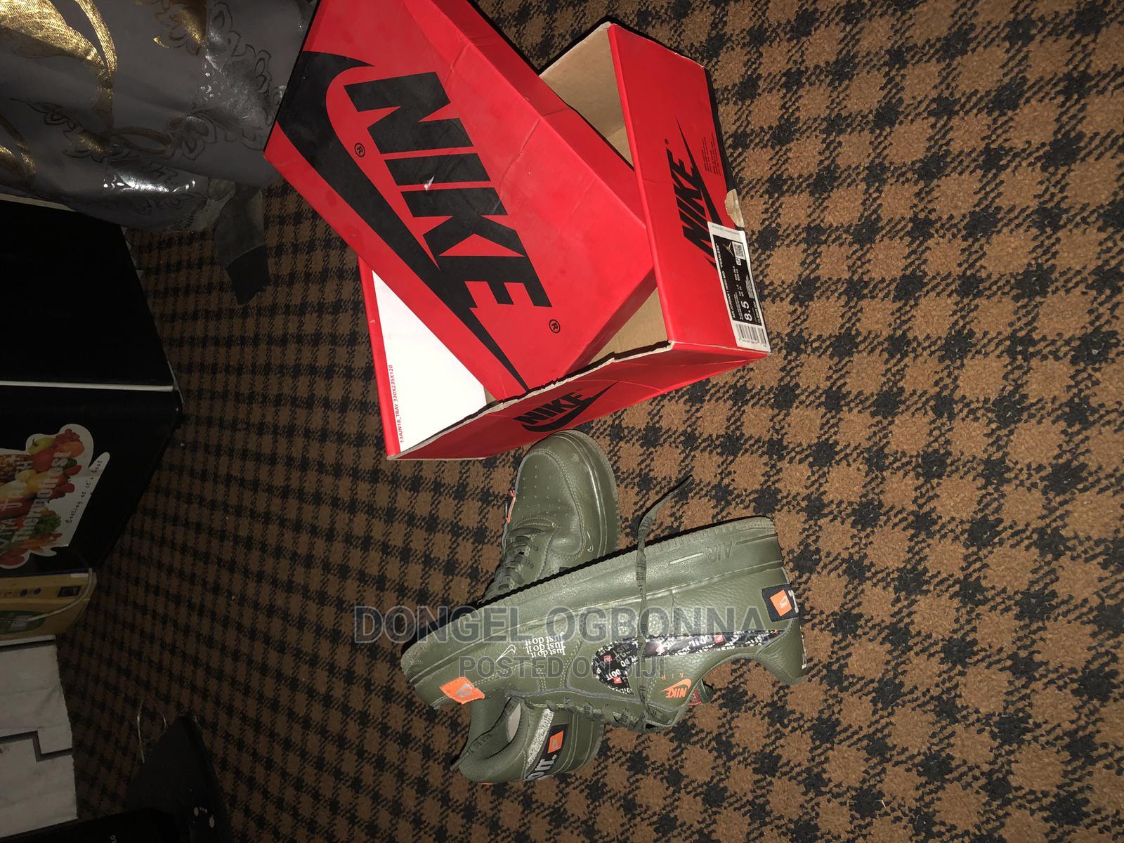Original Nike Shoe