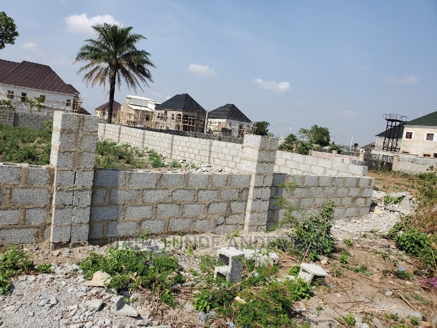 Archive: 2 Serial Plot and Corner Piece in Kubwa Extension 3