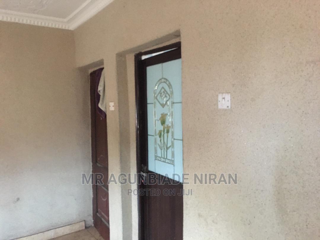 Archive: 3bedroom at Akala Estate Akobo Folly Gas Area Rent