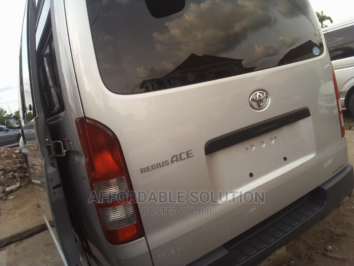 Tokunbo Toyota Hiace   Buses & Microbuses for sale in Abule Egba, Lagos State, Nigeria