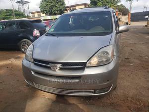 Toyota Sienna 2005 Gold | Cars for sale in Lagos State, Ikorodu