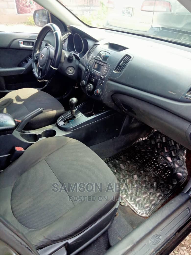 Archive: Kia Cerato 2012 Black