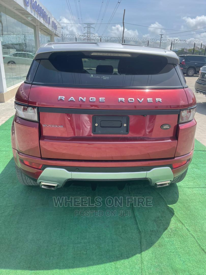 Archive: Land Rover Range Rover Evoque 2013 Red