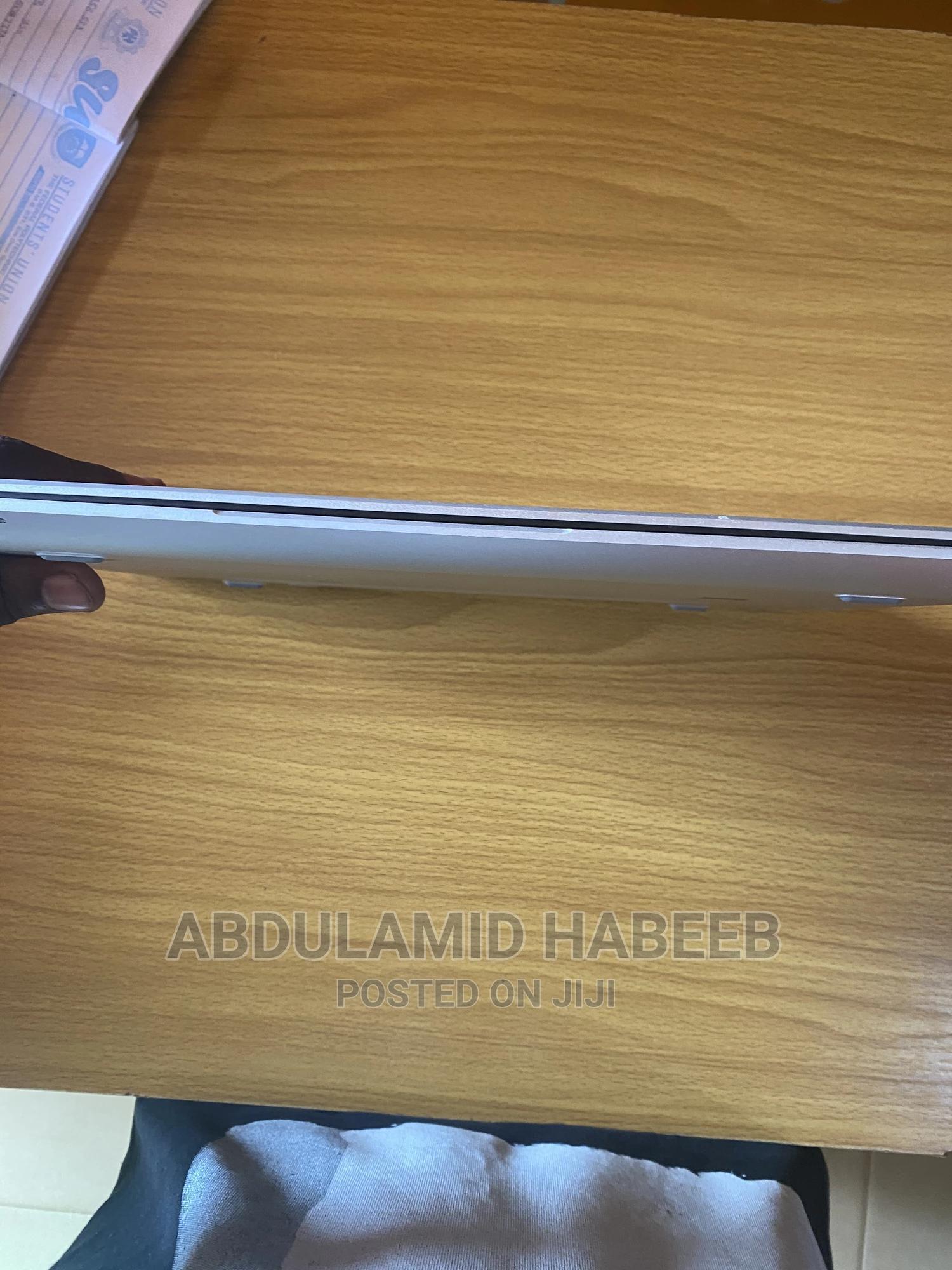 Archive: Laptop HP EliteBook 840 G5 8GB Intel Core I5 SSD 256GB