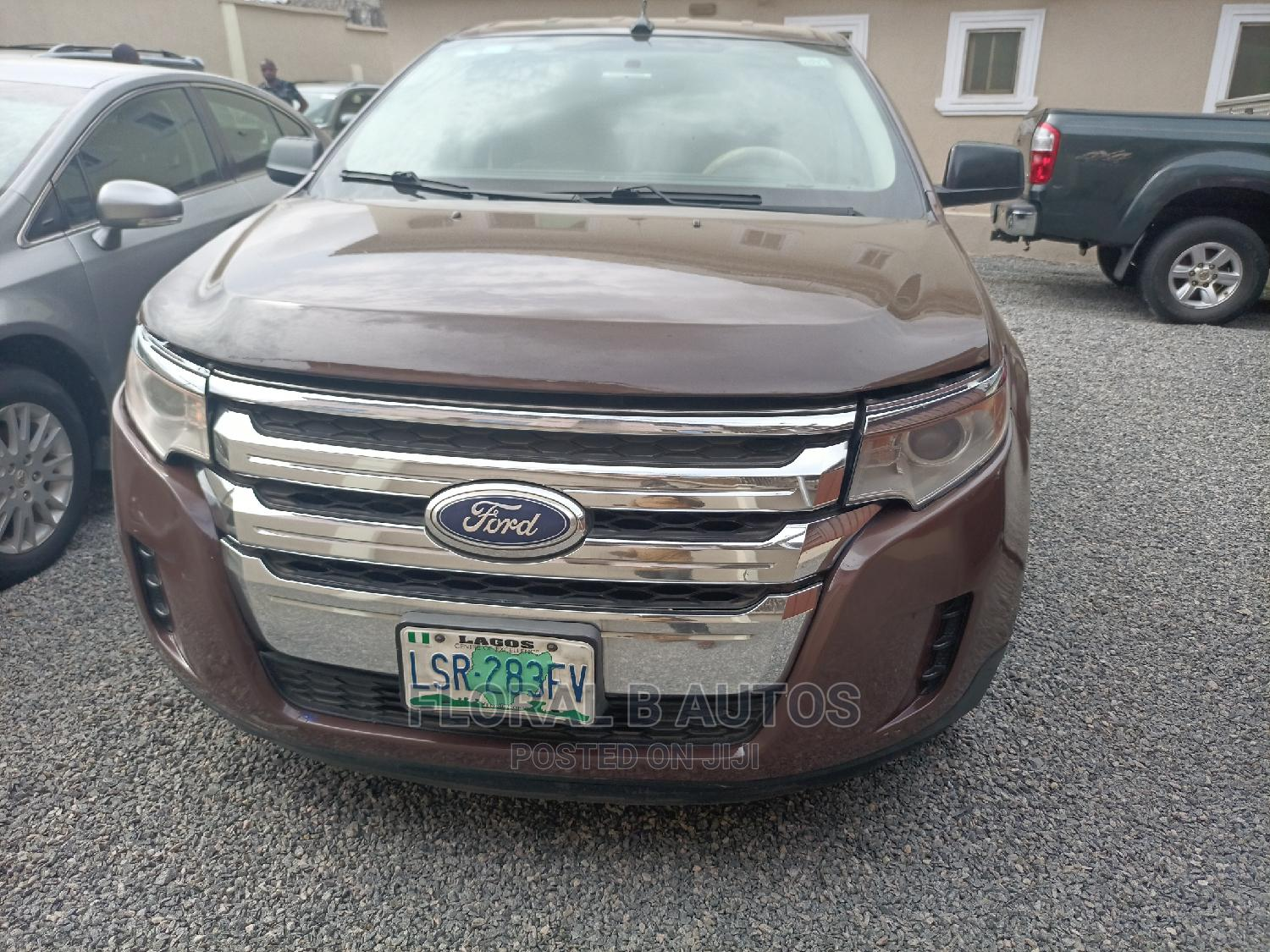 Archive: Ford Edge 2014 Brown