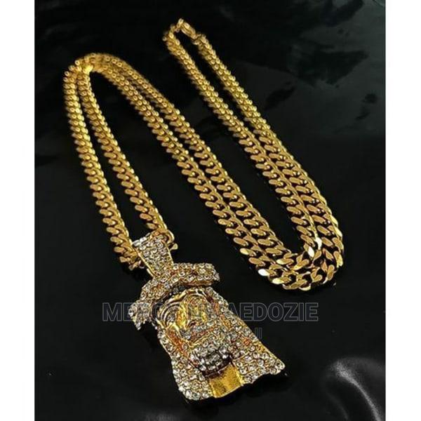 Gold Cuban Link Chain With Jesus Piece 05 Pendant
