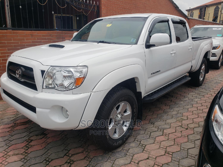 Toyota Tacoma 2006 White