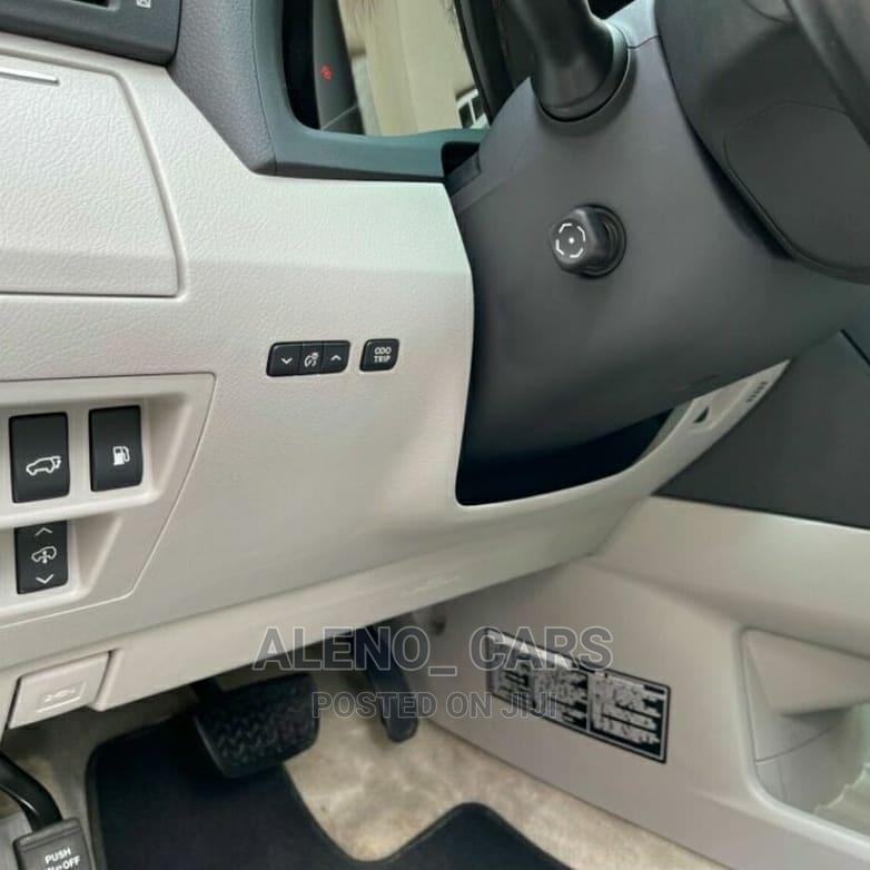Archive: Lexus LX 2012 570 Black