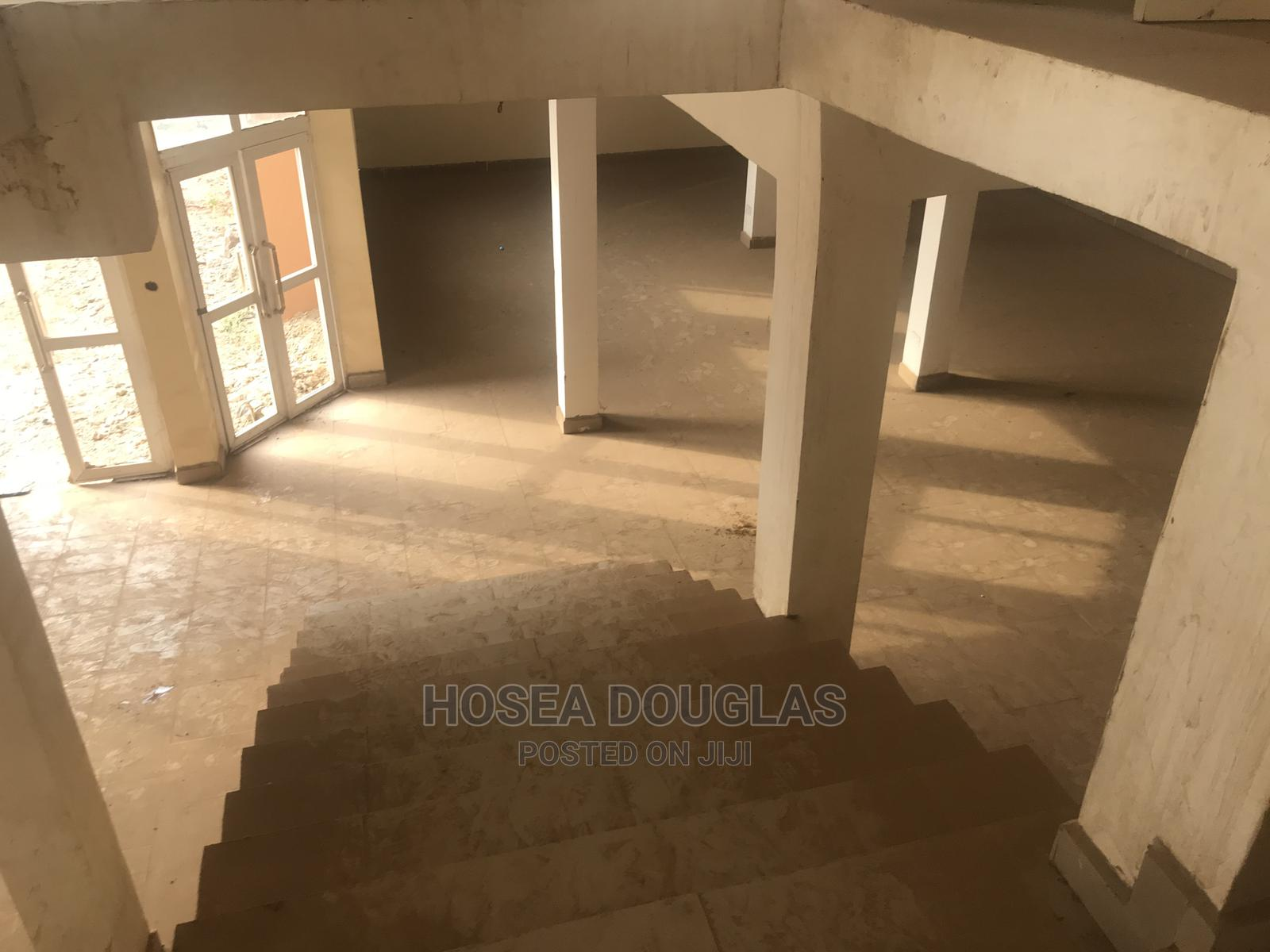 Plaza for Rent! | Commercial Property For Rent for sale in Kubwa, Abuja (FCT) State, Nigeria