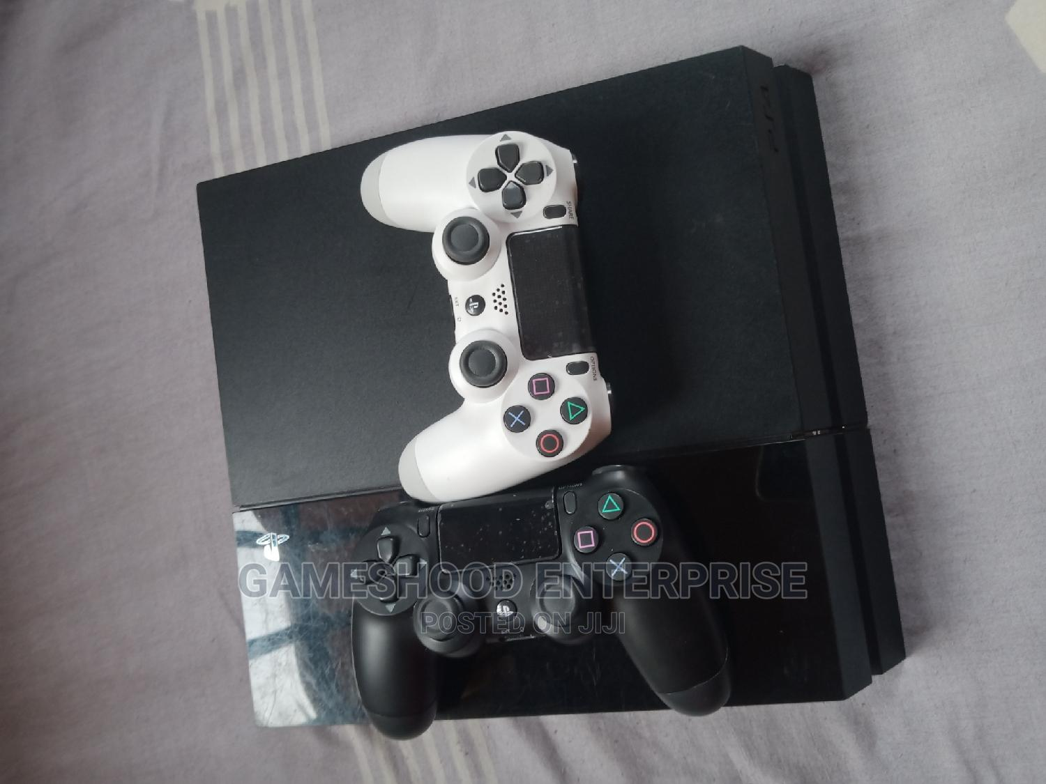 Ps4 Fat Console With 2pads and Other   Video Game Consoles for sale in Nnewi, Anambra State, Nigeria