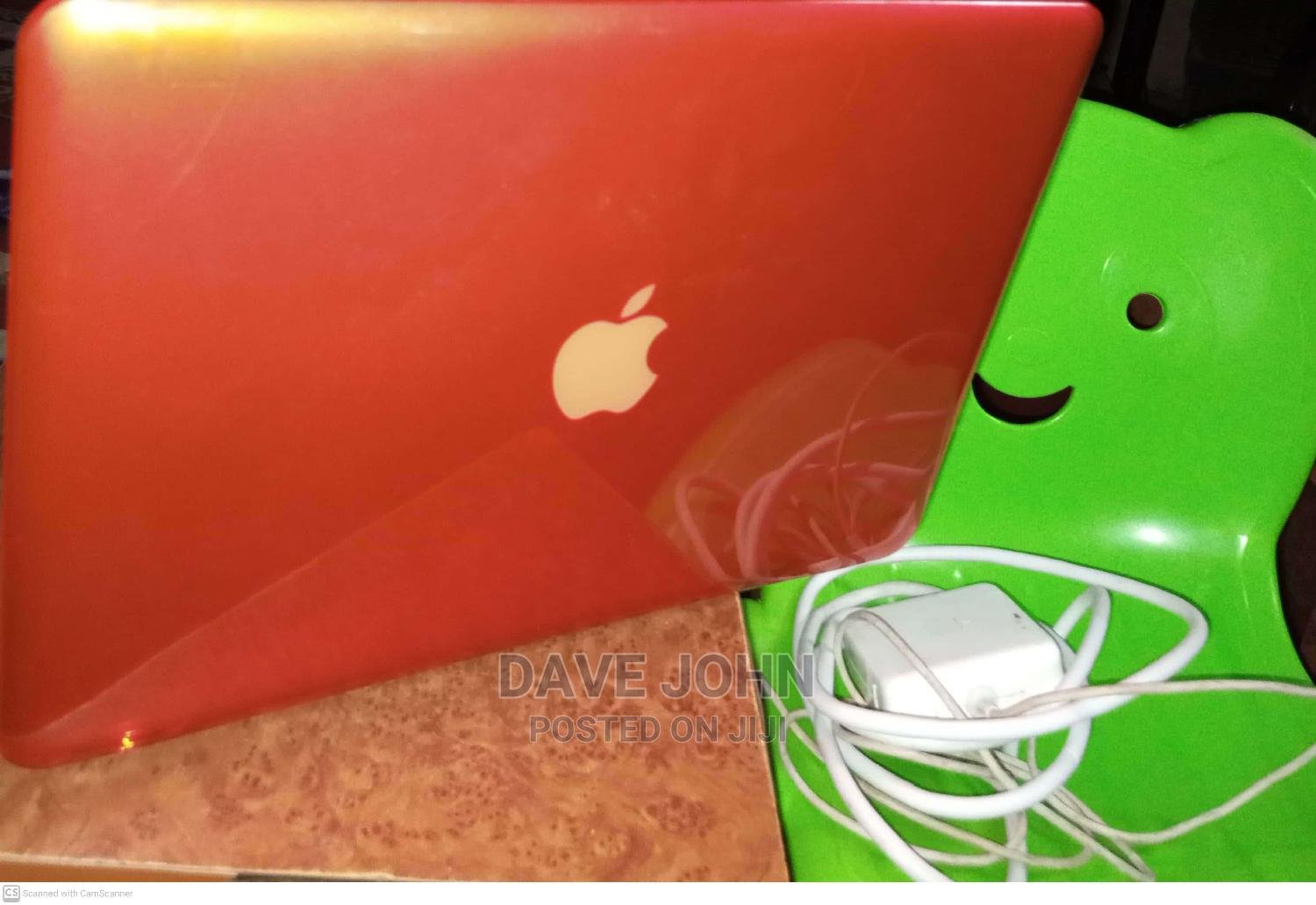 Laptop Apple MacBook 2010 6GB Intel Core I5 HDD 500GB   Laptops & Computers for sale in Central Business Dis, Abuja (FCT) State, Nigeria