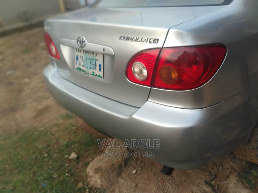 Toyota Corolla 2004 LE Silver | Cars for sale in Lugbe District, Abuja (FCT) State, Nigeria