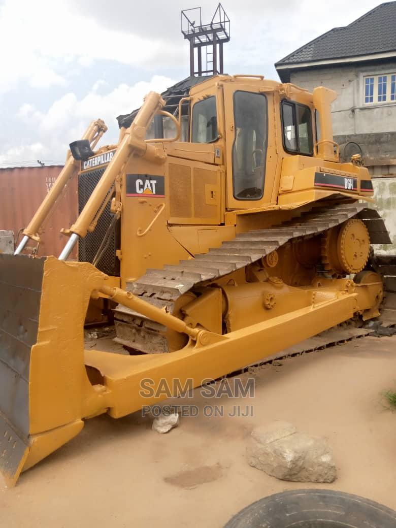 Bulldozer D6H