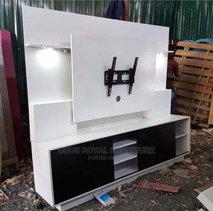 White Strong Television Stand   Furniture for sale in Lagos State, Lekki