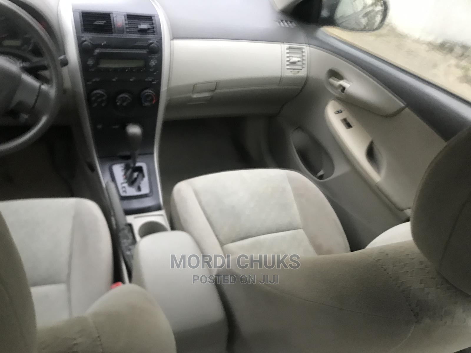 Archive: Toyota Corolla 2008 Black