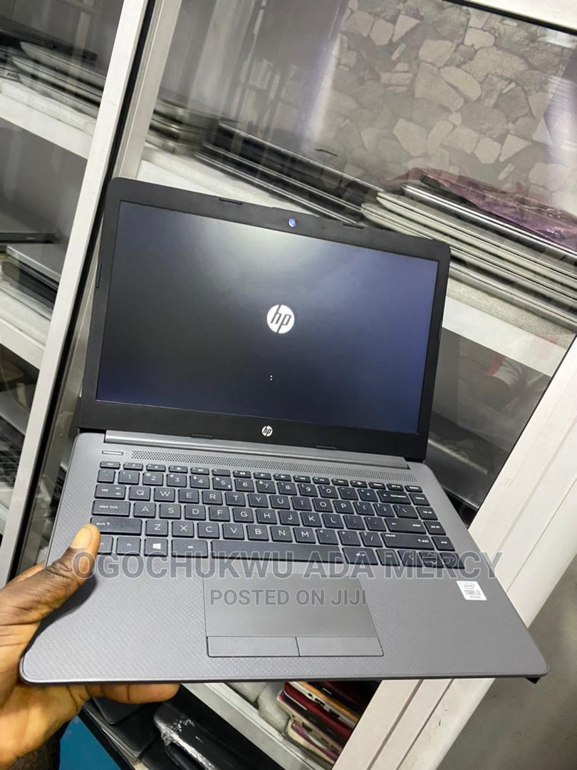 Archive: Laptop HP 240 4GB Intel Core I3 500GB