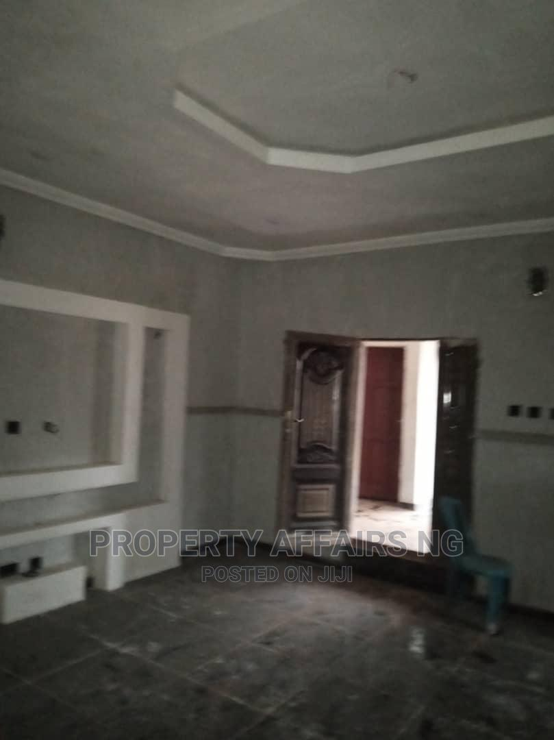 Archive: 4 Bedrm Bungalow, 2 Sitting Rm Along Allu Road Rukpokwu 37m