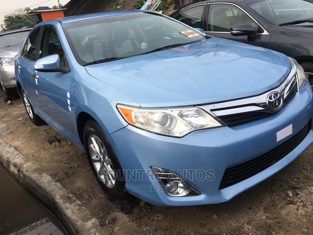 Toyota Camry 2012 Blue