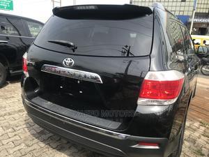Toyota Highlander 2013 Plus 3.5L 4WD Black | Cars for sale in Lagos State, Ikeja