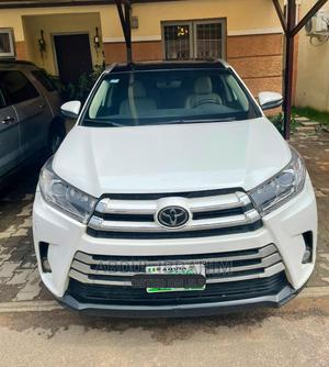 Toyota Highlander 2018 White   Cars for sale in Abuja (FCT) State, Gwarinpa