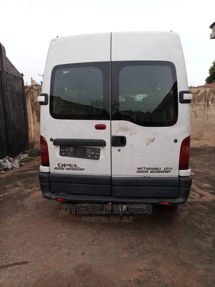 Renault Master 2000. | Buses & Microbuses for sale in Ojodu, Lagos State, Nigeria