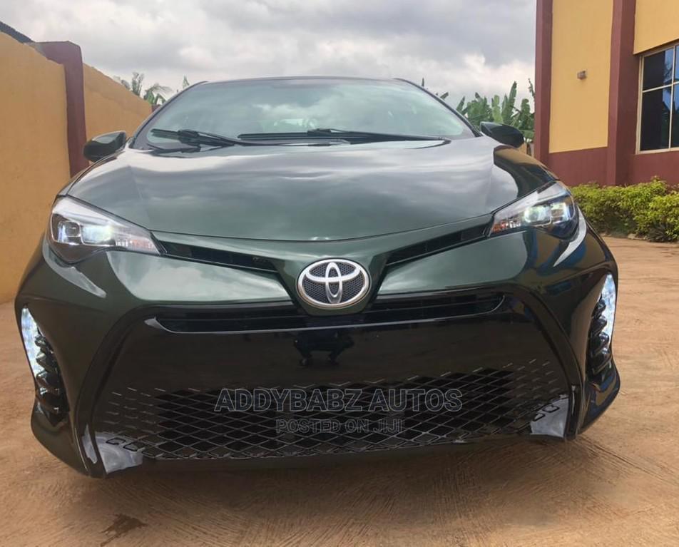 Archive: Toyota Corolla 2015 Gray