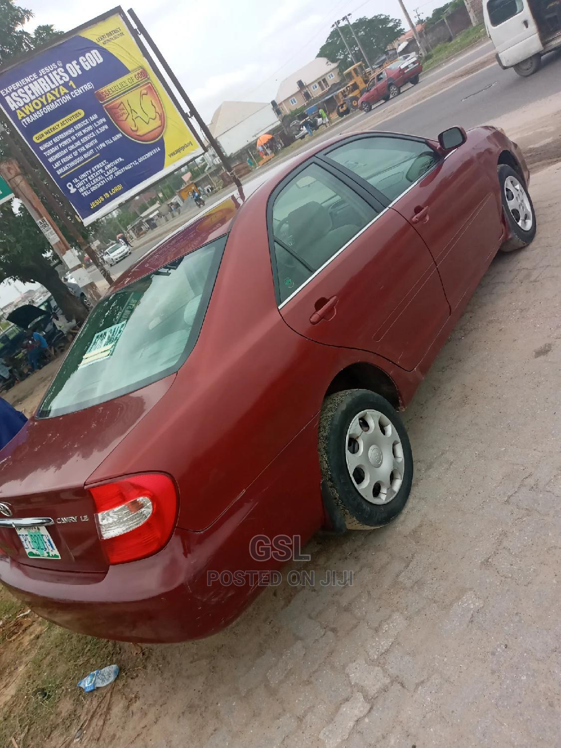 Archive: Toyota Camry 2002 Red