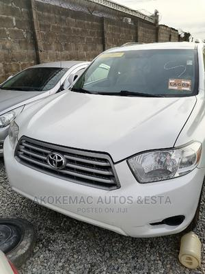 Toyota Highlander 2009 4x4 White | Cars for sale in Lagos State, Ikeja