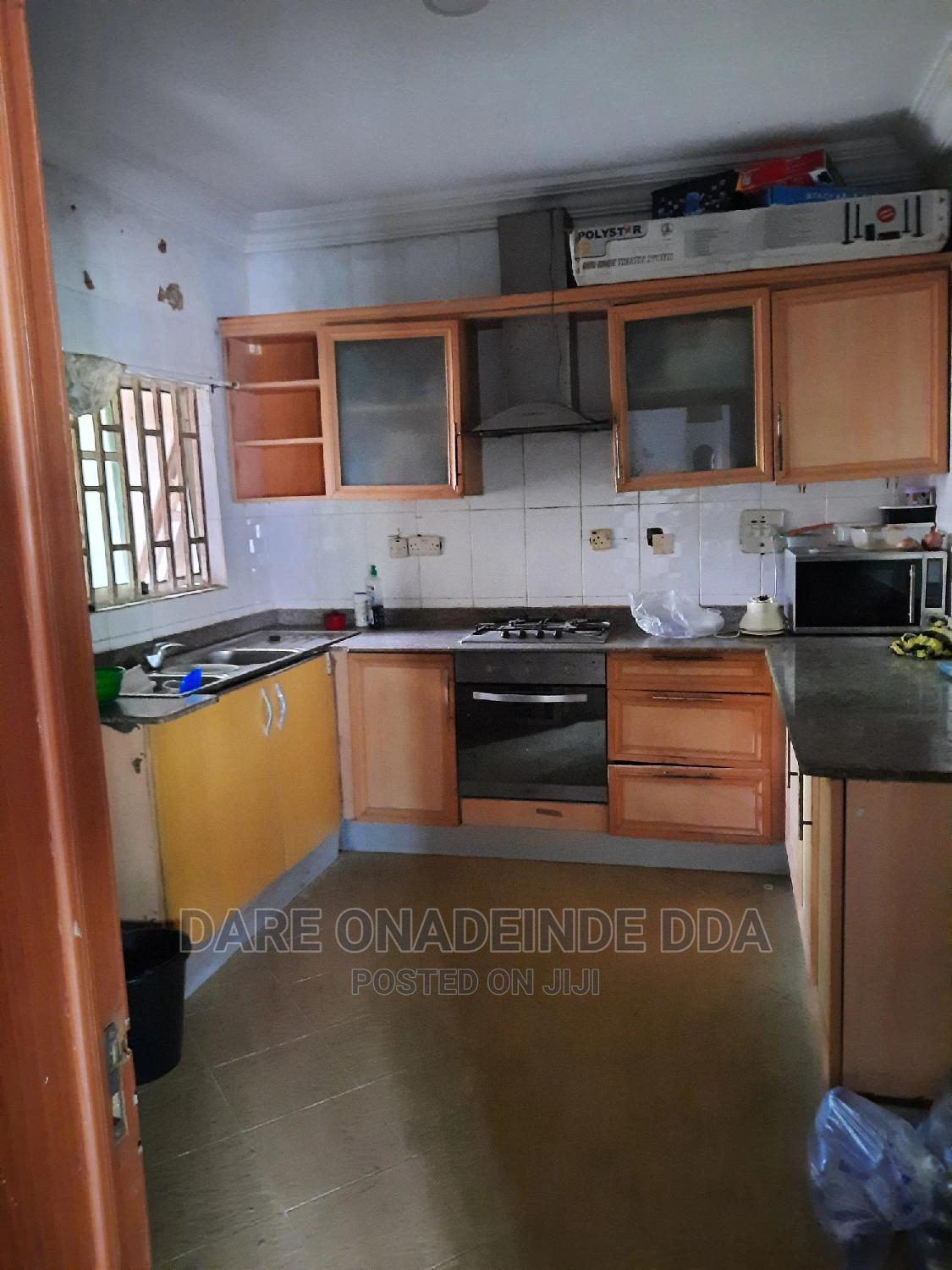 Archive: Shared Office or Home Space at Chevy View Estate
