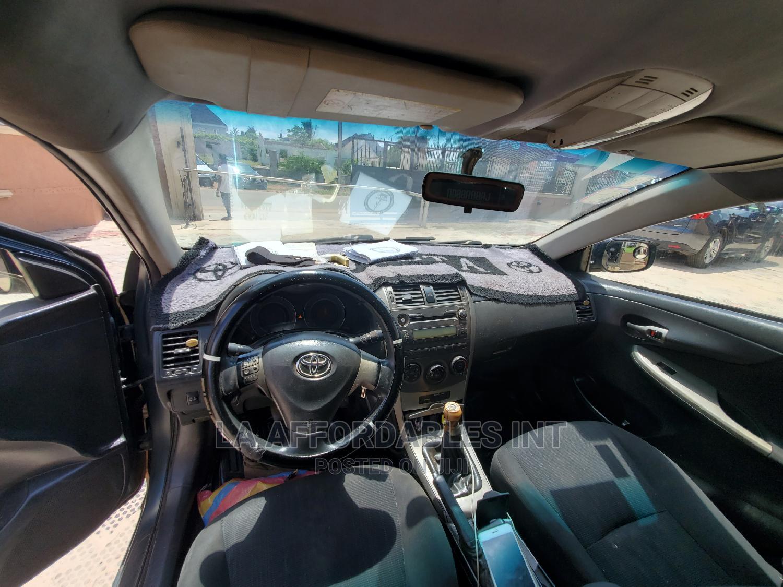 Archive: Toyota Corolla 2008 1.8 LE Gray
