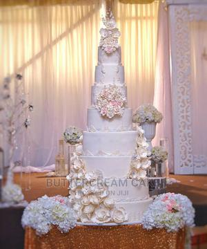 Outstanding Wedding Cake. Stand Out Tier (Birthday Cake)   Party, Catering & Event Services for sale in Lagos State, Alimosho