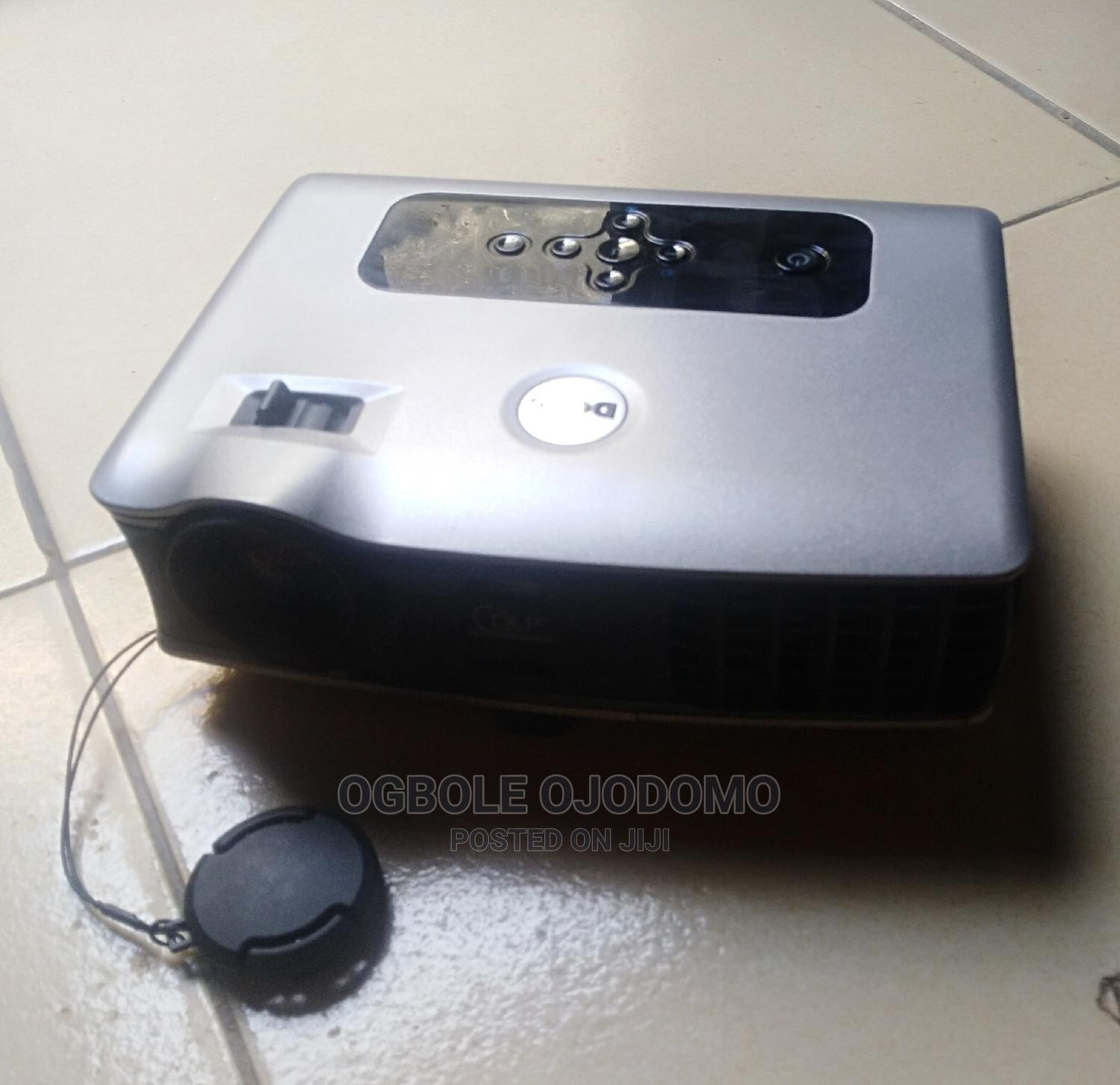 Archive: DLP Dell Front Projector