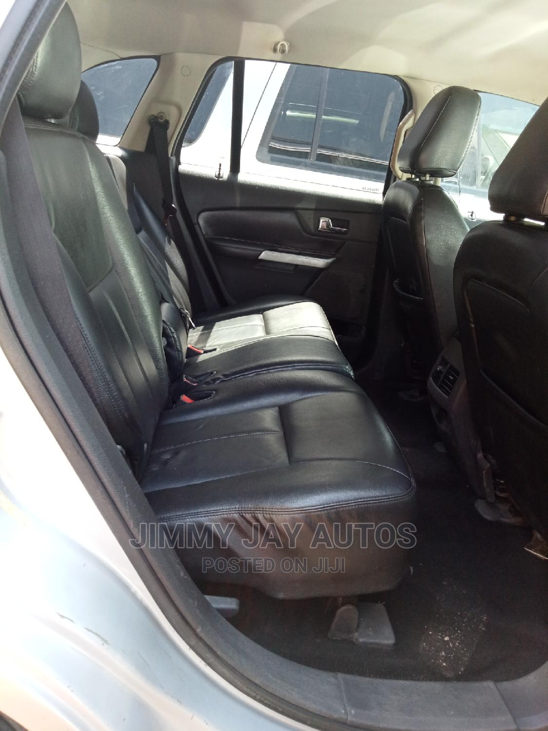 Archive: Ford Edge 2007 SE 4dr FWD (3.5L 6cyl 6A) Silver