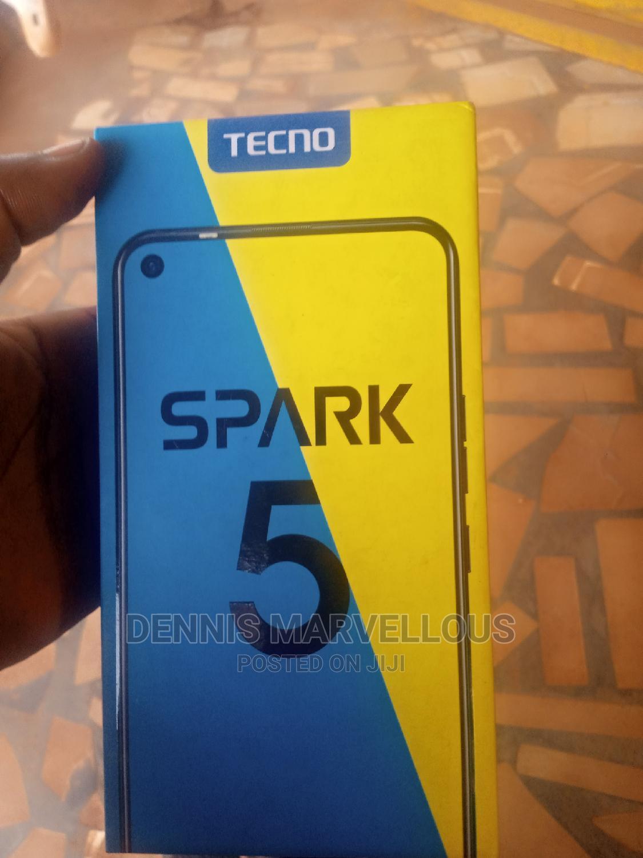 New Tecno Spark 5 32 GB Red