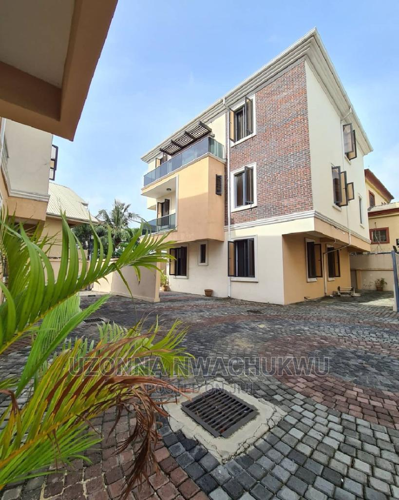 5-Bedroom Fully Detached Duplex With a Room BQ