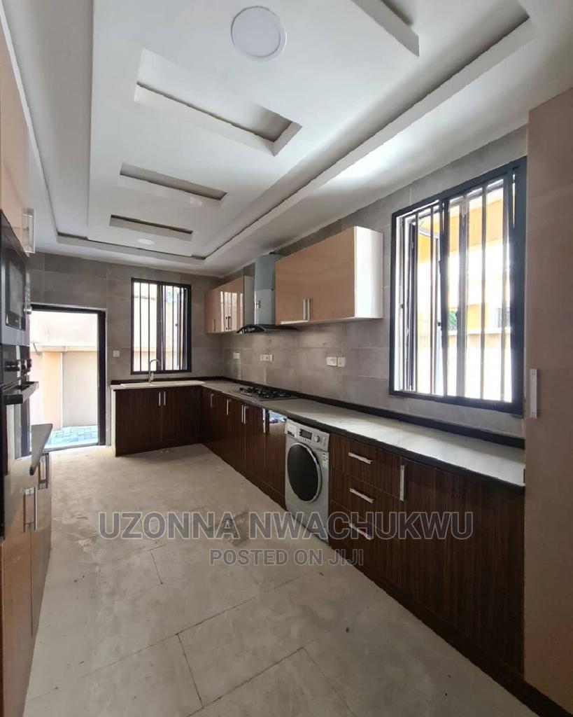 5-Bedroom Fully Detached Duplex With a Room BQ | Houses & Apartments For Sale for sale in Lekki, Lagos State, Nigeria