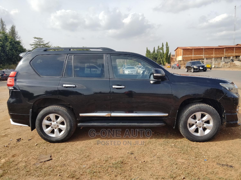 Archive: Toyota Land Cruiser Prado 2020 Black