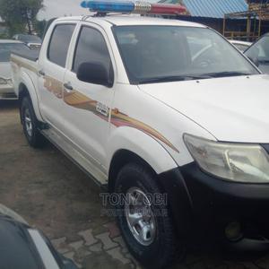Toyota Hilux 2013 SR5 4x4 White | Cars for sale in Lagos State, Amuwo-Odofin