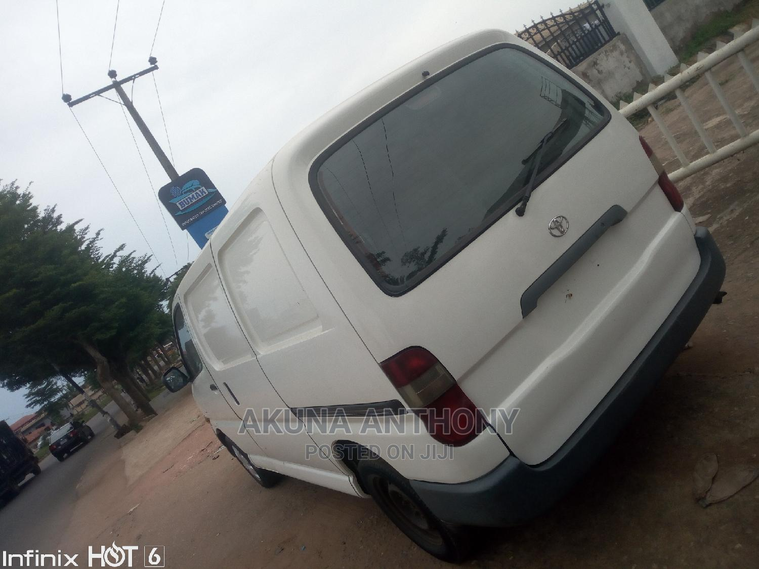 Toyota Hiace 2003 White   Buses & Microbuses for sale in Alimosho, Lagos State, Nigeria