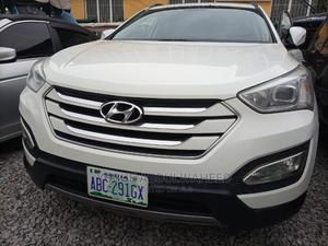 Hyundai Santa Fe 2014 White | Cars for sale in Abuja (FCT) State, Central Business Dis