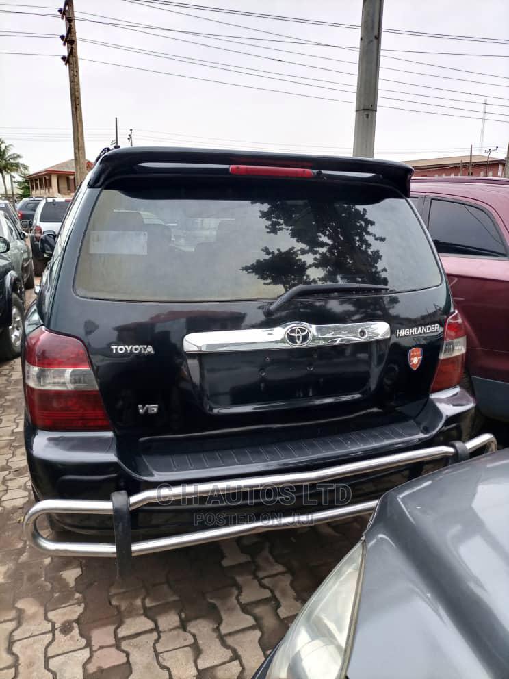 Toyota Highlander 2004 Base FWD Black   Cars for sale in Ikorodu, Lagos State, Nigeria
