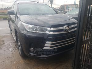 Toyota Highlander 2016 XLE V6 4x4 (3.5L 6cyl 6A) Black | Cars for sale in Lagos State, Surulere