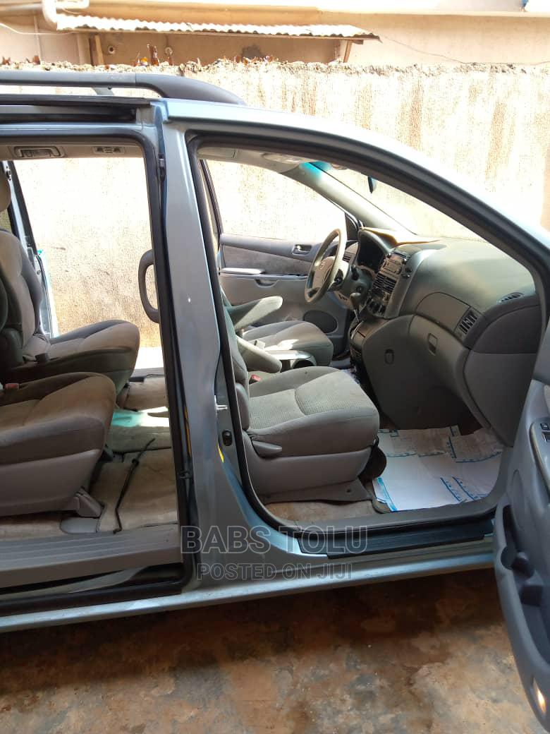 Toyota Sienna 2007 LE 4WD Blue | Cars for sale in Ojodu, Lagos State, Nigeria