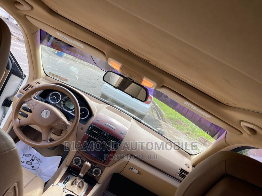 Archive: Mercedes-Benz C300 2008 White