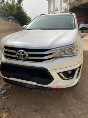 New Toyota Hilux 2019 SR5 4x4 White | Cars for sale in Abuja (FCT) State, Maitama