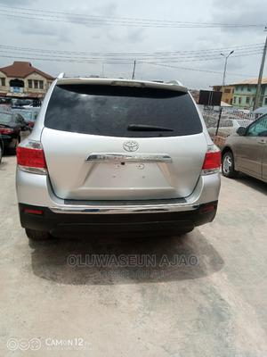 Toyota Highlander 2012 SE Silver | Cars for sale in Oyo State, Ibadan