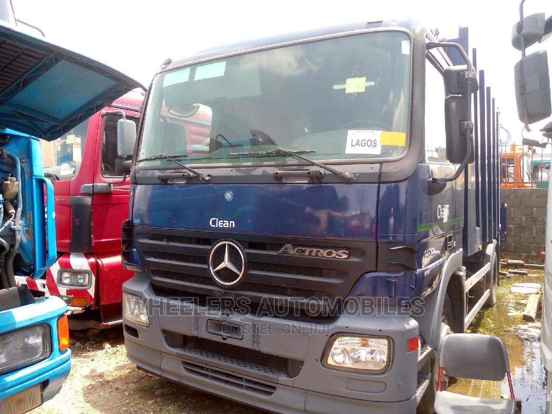Garbage Truck 2005 Actros