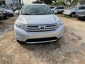 Toyota Highlander 2013 Silver   Cars for sale in Abuja (FCT) State, Central Business Dis
