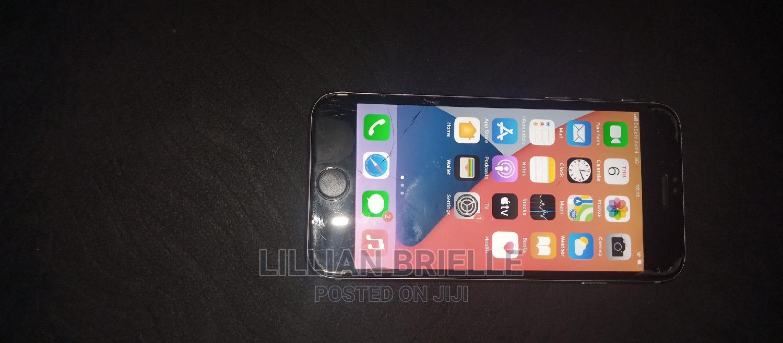 Archive: Apple iPhone 6s 64 GB Gray